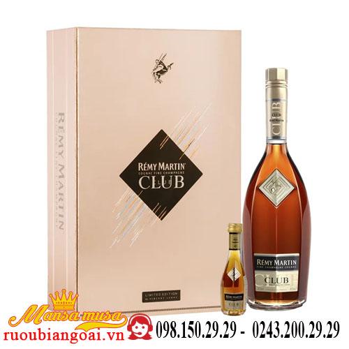 Rượu Remy Martin Club Hộp Quà 2018